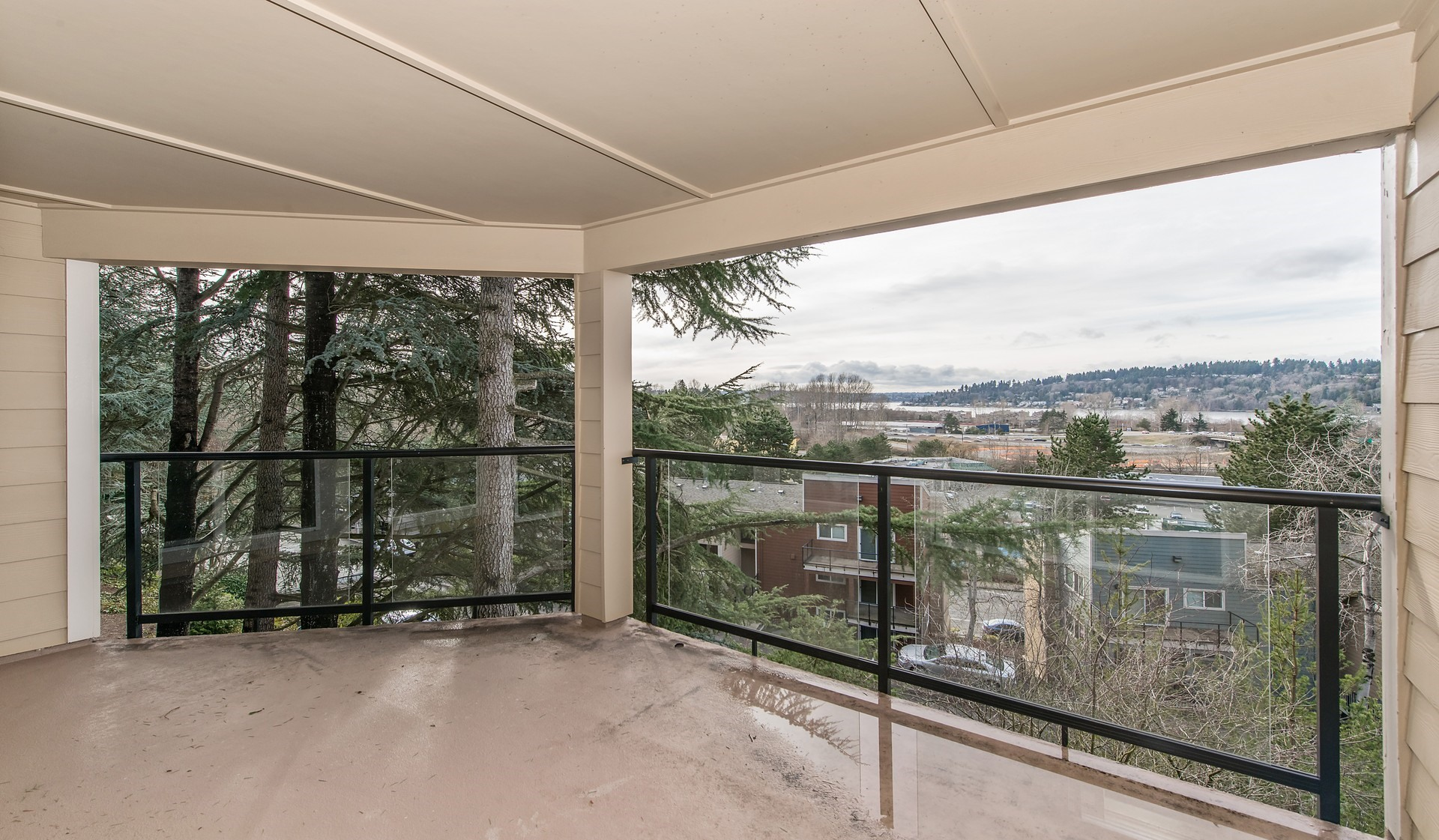 Cedar Rim - Newcastle - Balcony